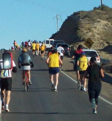 Destacada Participación de Acuarium en la Maraton CAÑADON-CALETA...